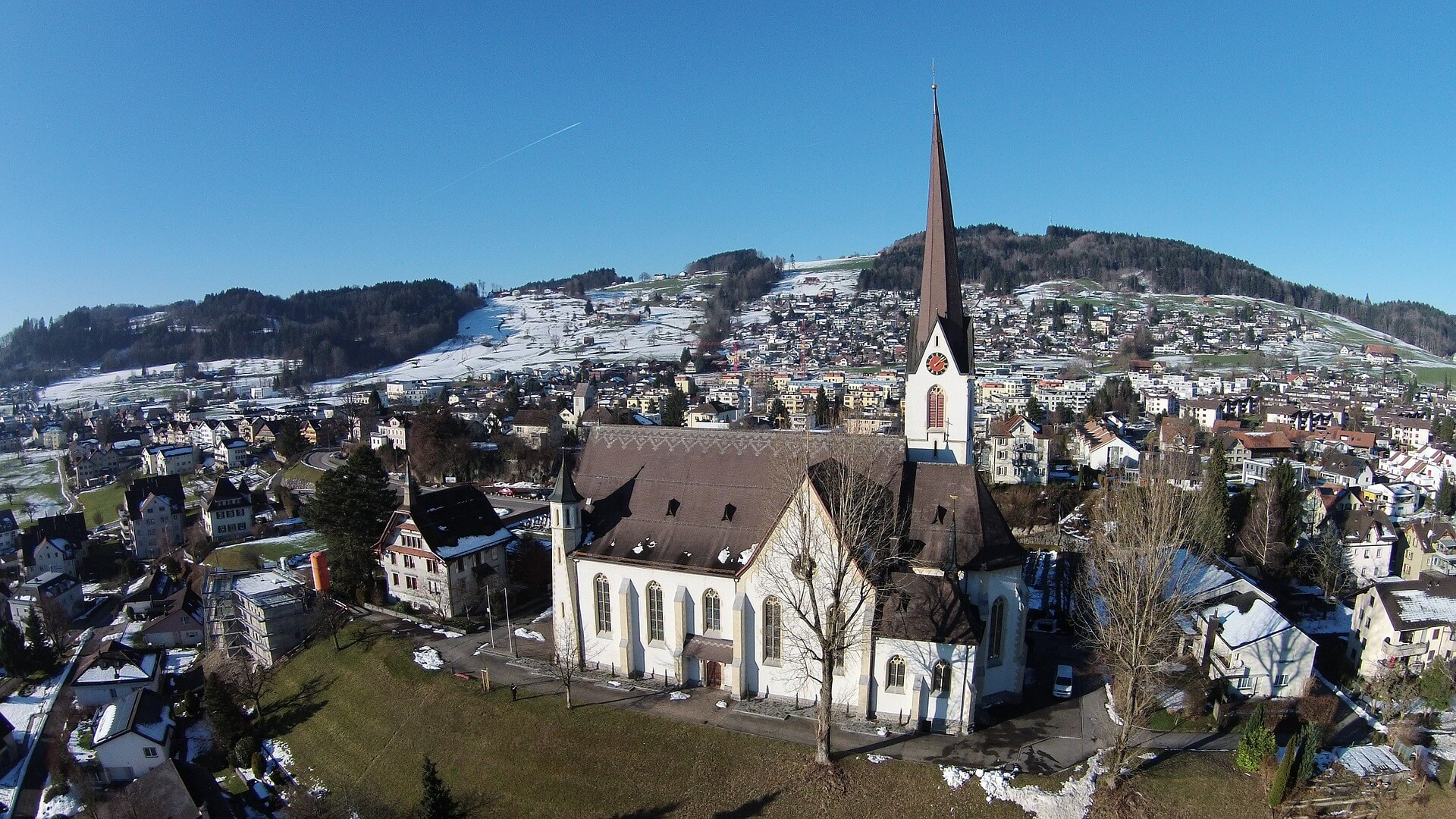 Direktflüge und Billigflüge ab Wien nach St. Gallen