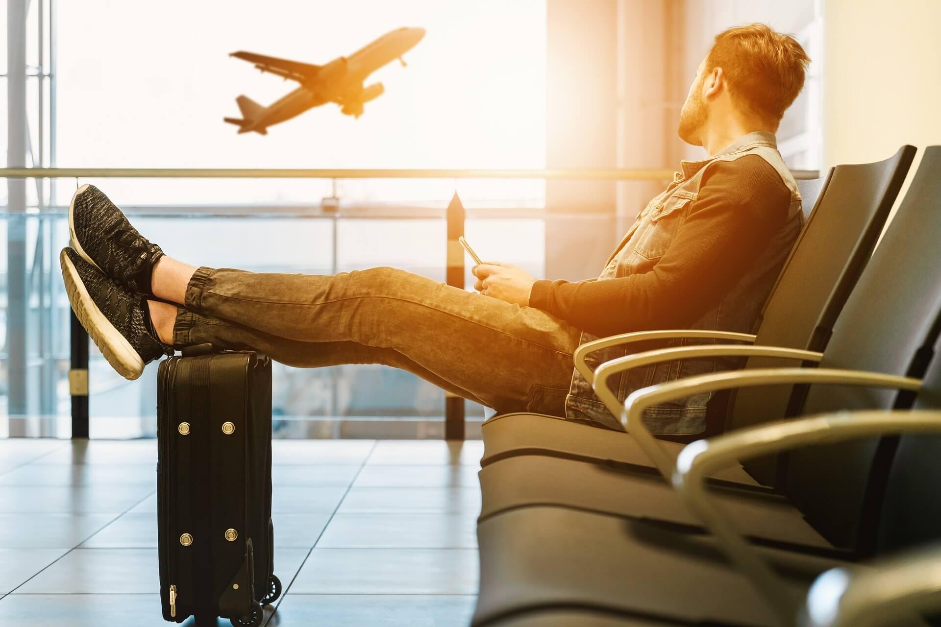Blähungen beim Fliegen – 10 Tipps die wirklich helfen