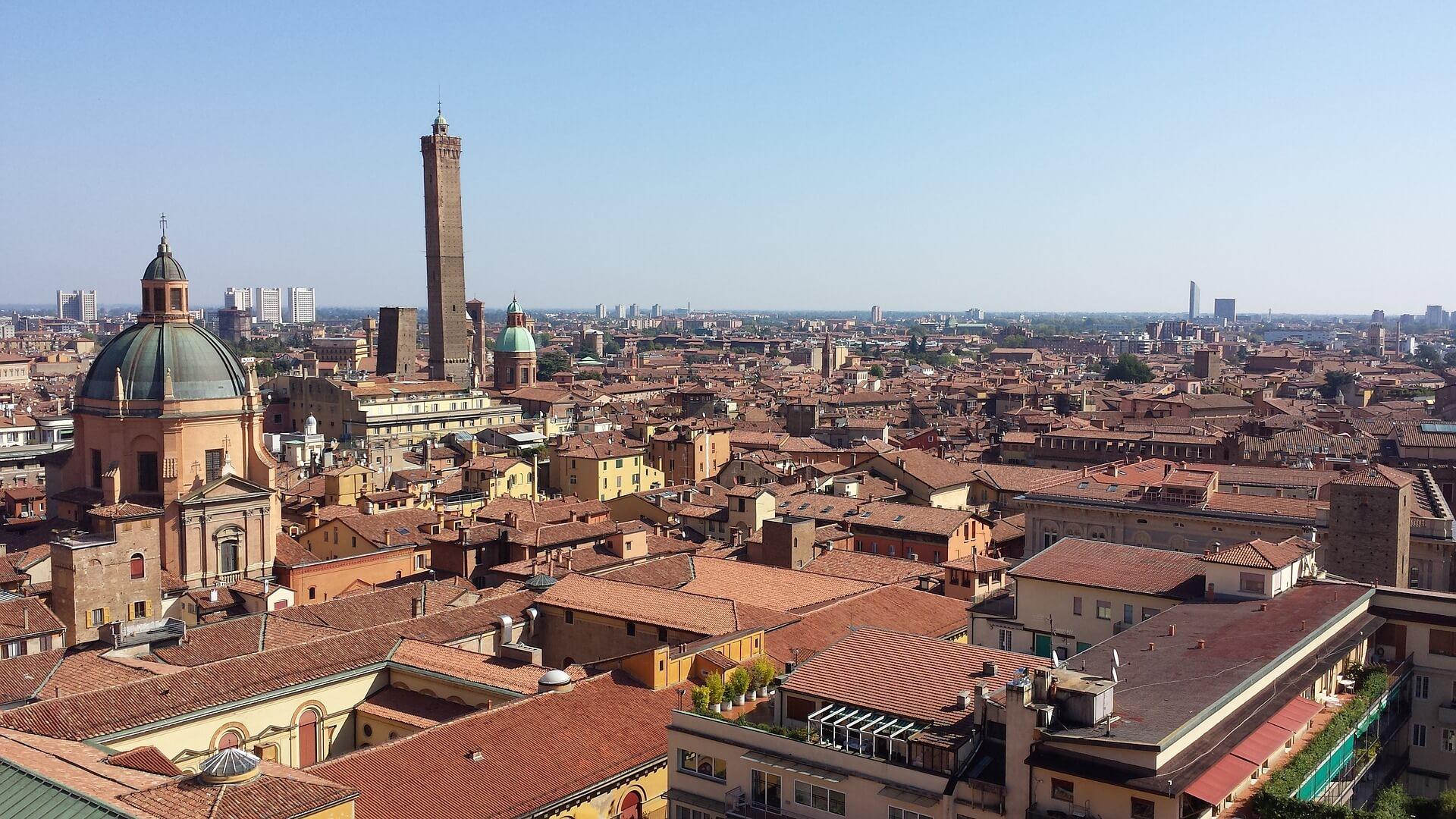Direktflüge und Billigflüge ab Frankfurt nach Bologna