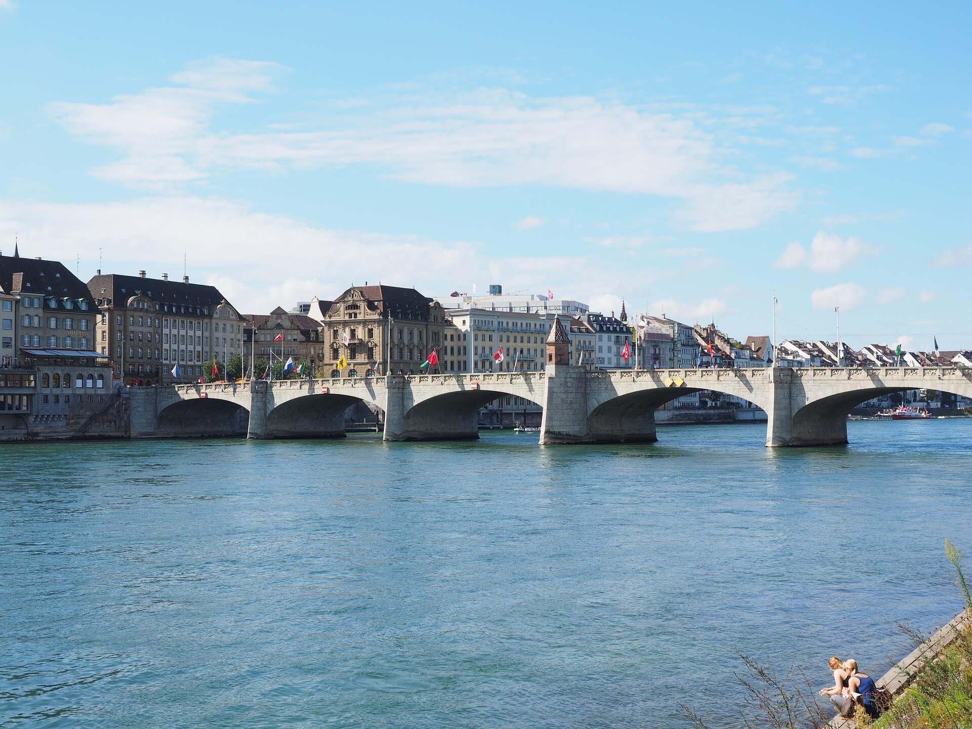Direktflüge und Billigflüge in die Schweiz