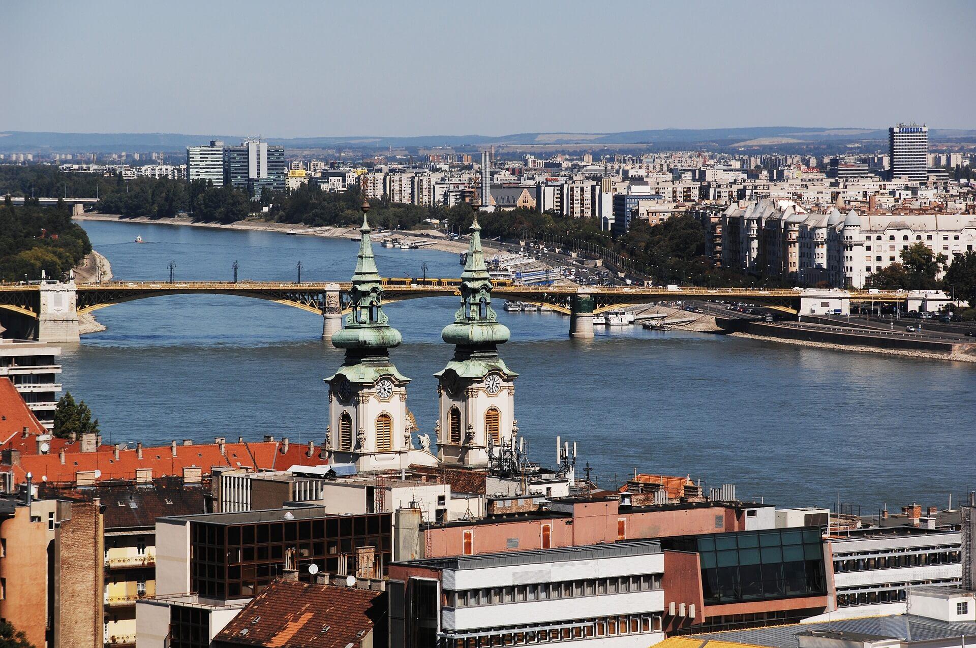 Direktflüge und Billigflüge nach Ungarn