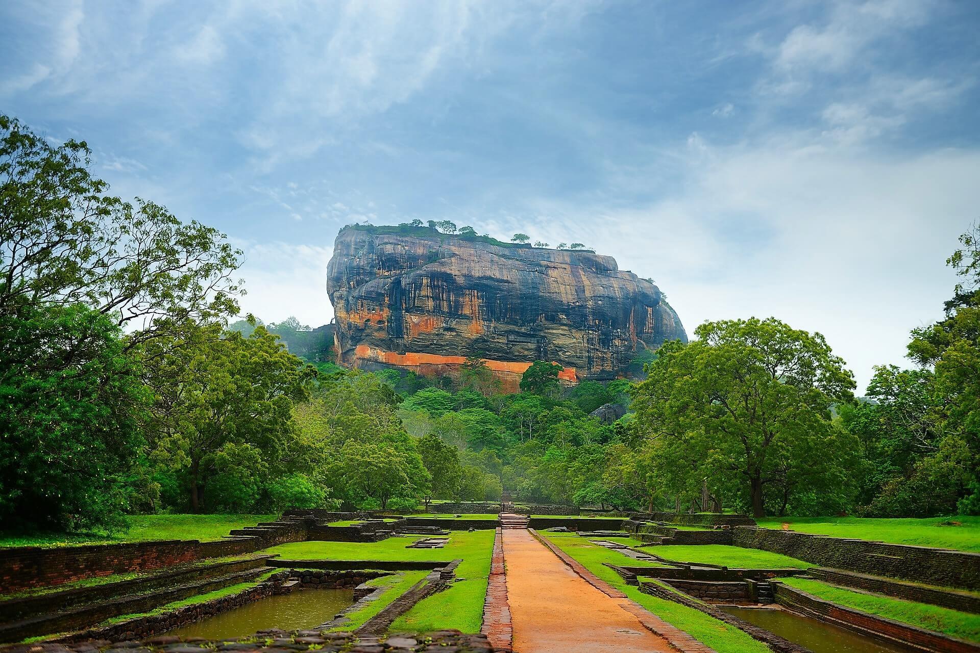 Direktflüge und Billigflüge ab Zürich nach Sri Lanka (Colombo)