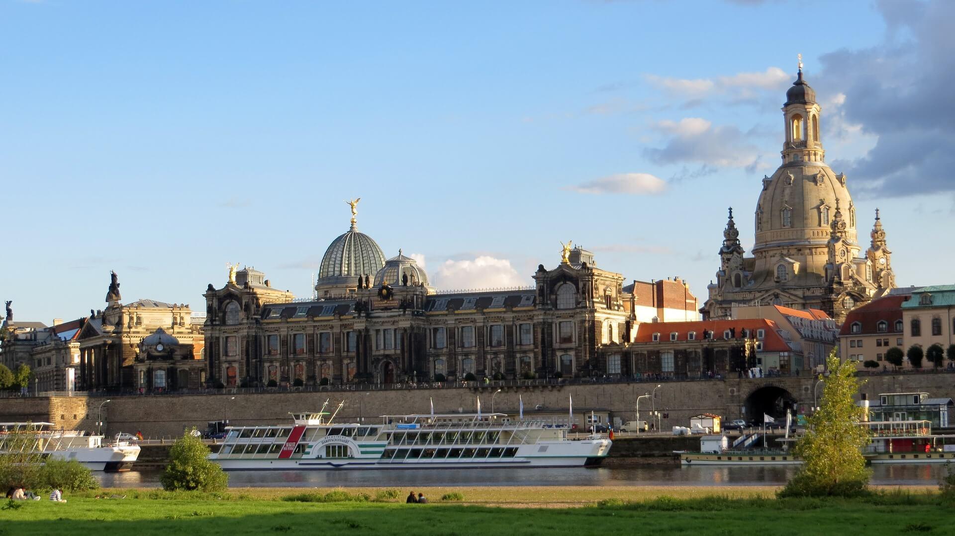 Direktflüge und Billigflüge ab Dresden