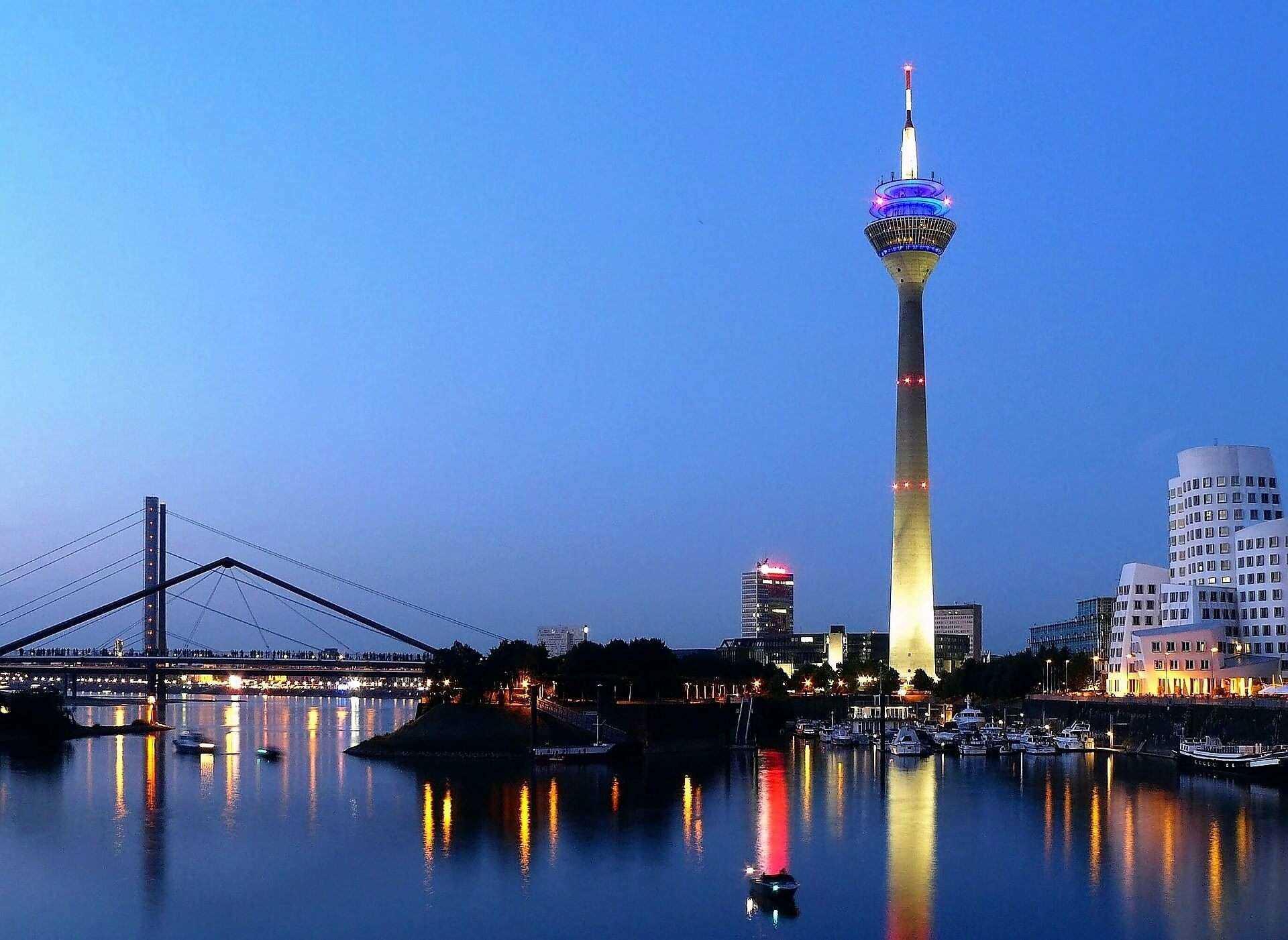 Direktflüge und Billigflüge ab Dresden nach Düsseldorf