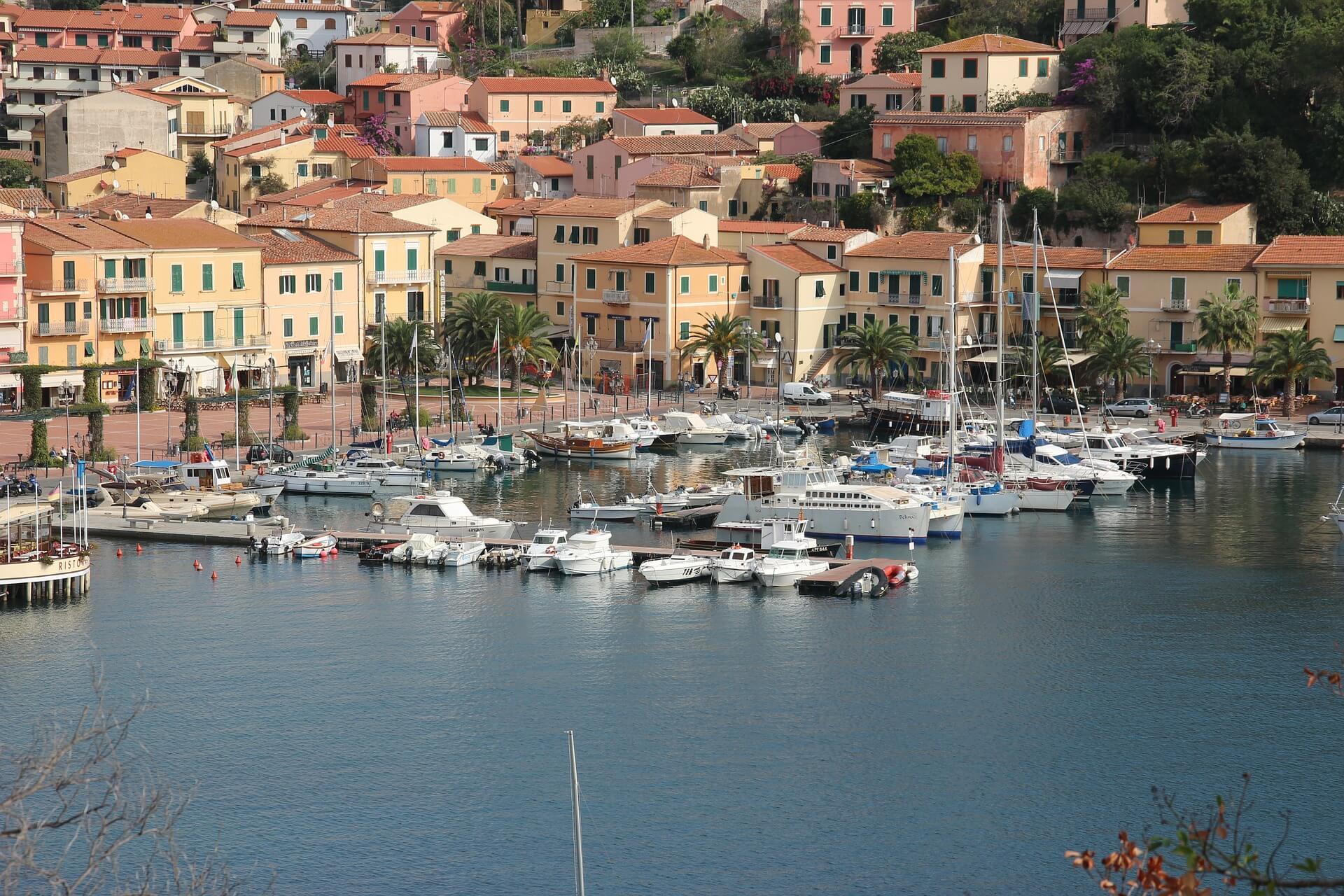 Direktflüge und Billigflüge nach Elba