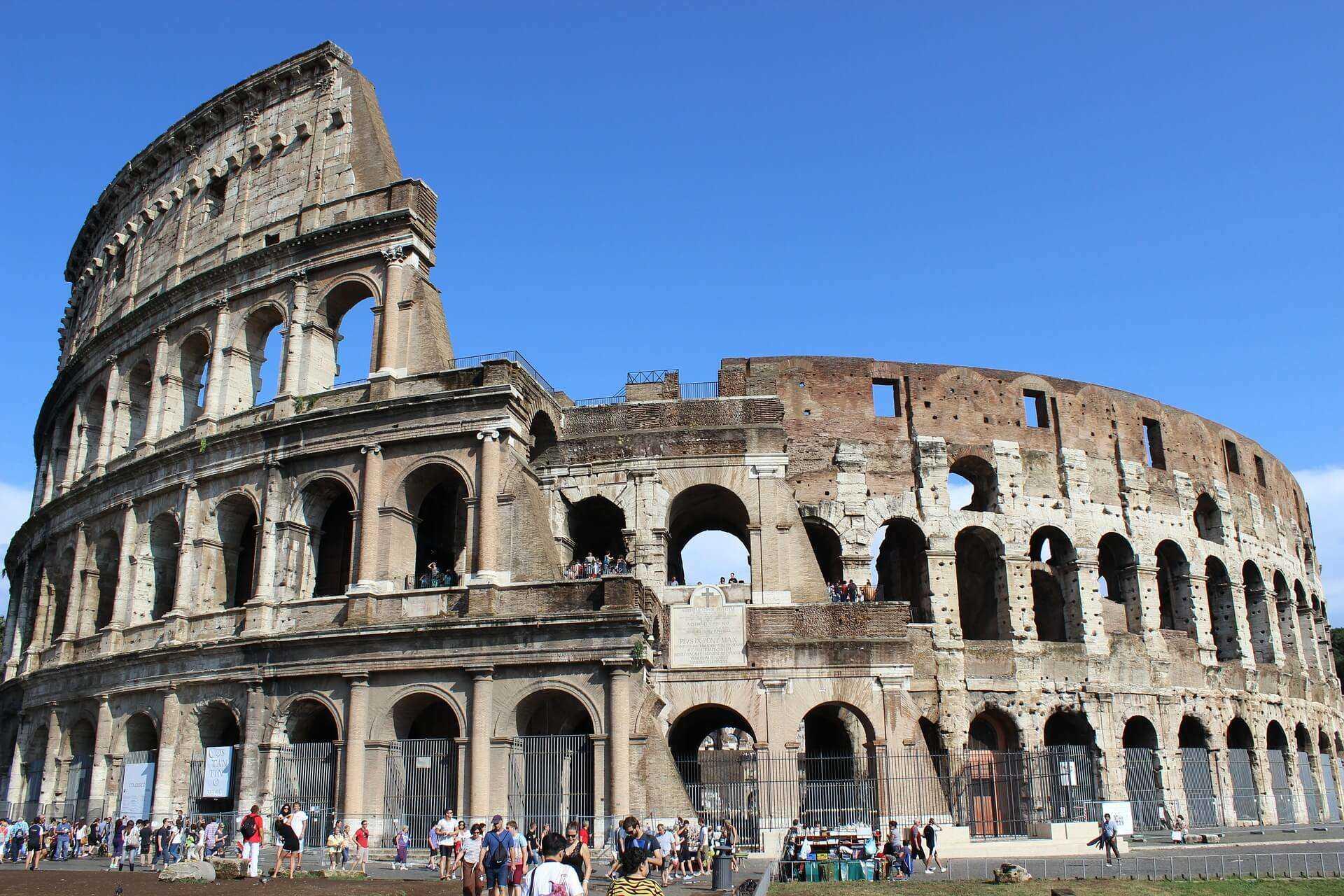 Direktflüge und Billigflüge ab Hamburg nach Rom