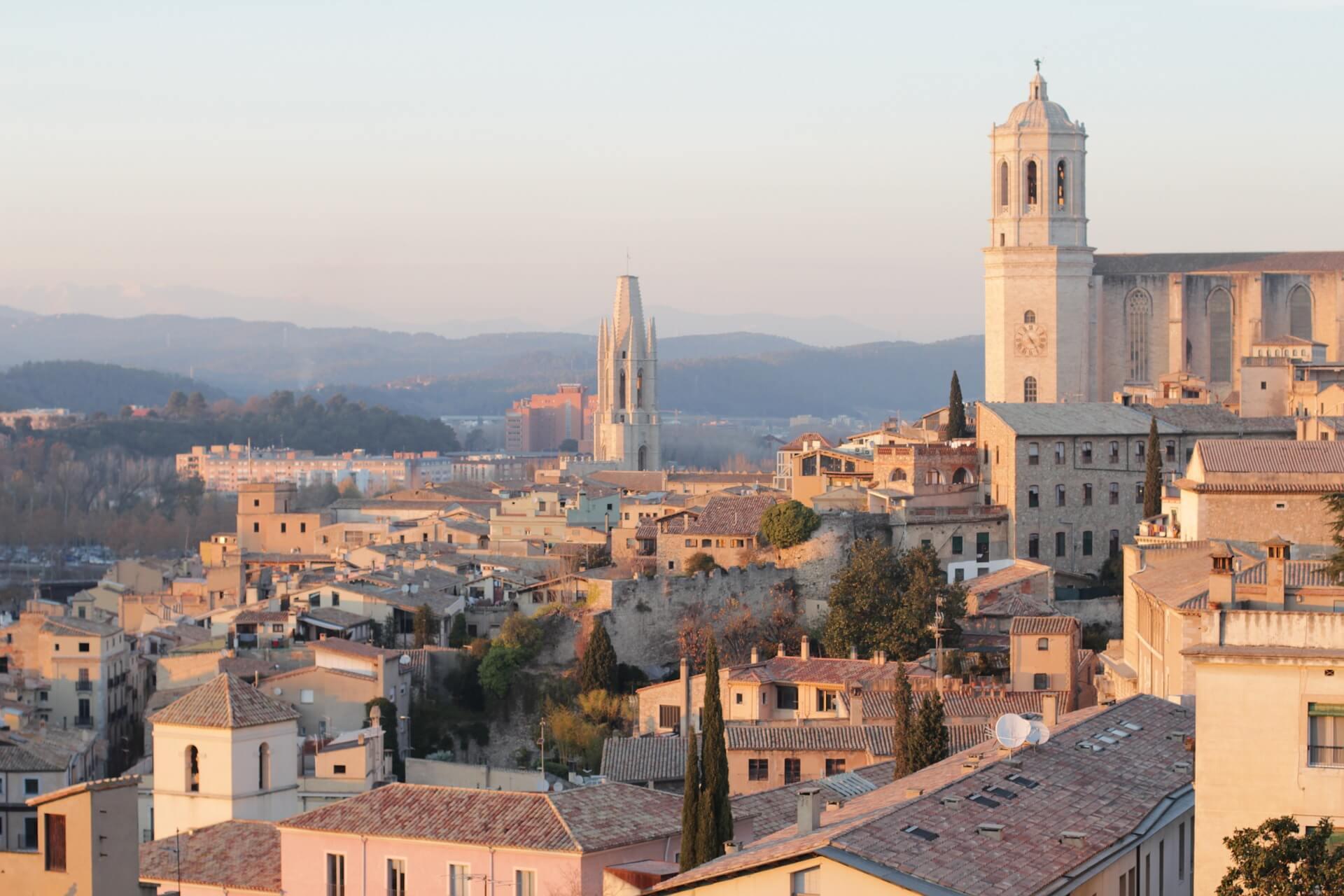 Direktflüge und Billigflüge ab Memmingen nach Girona
