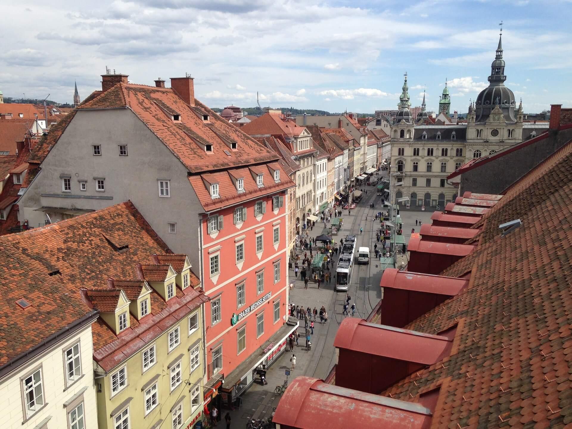 Direktflüge und Billigflüge ab Berlin nach Graz