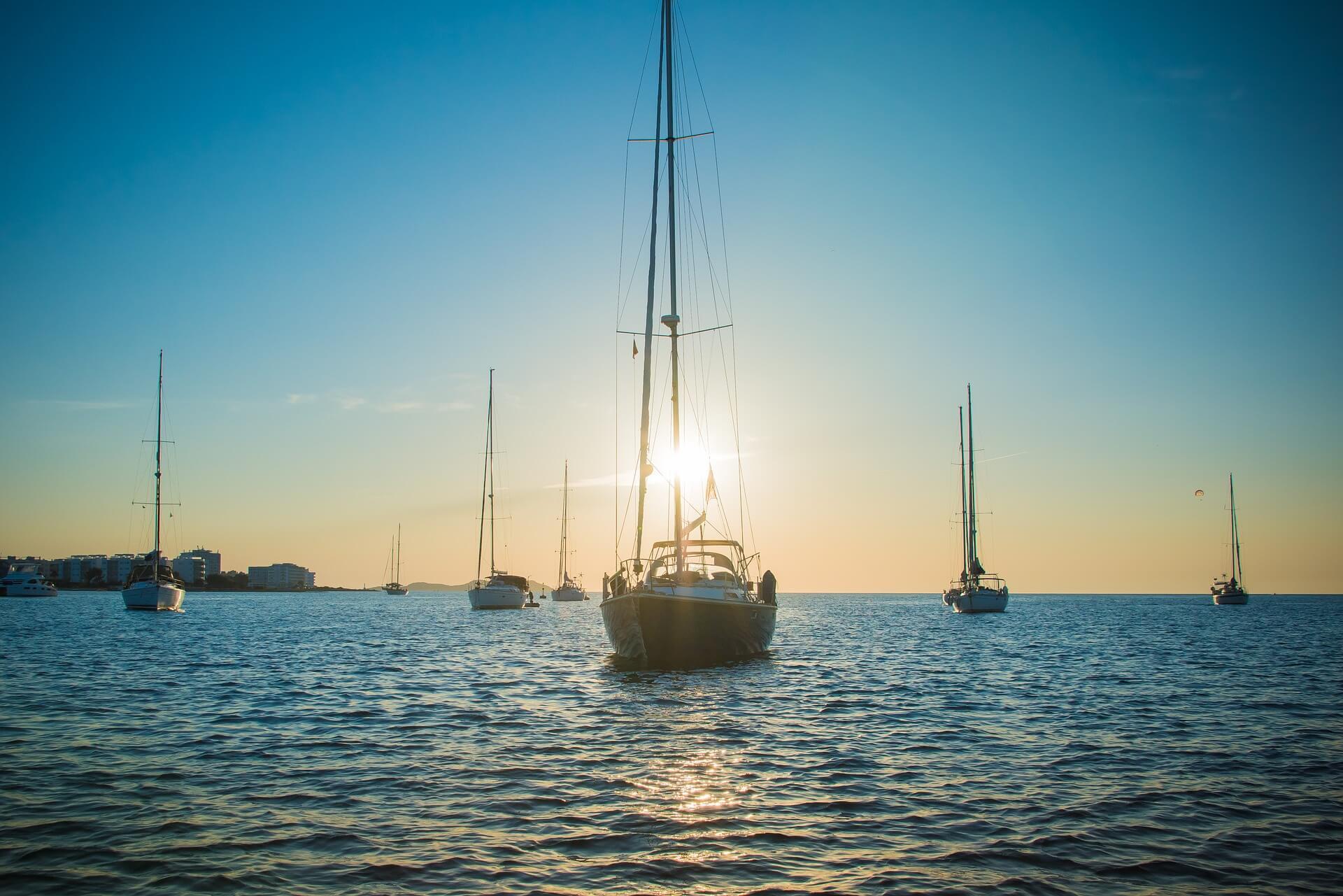 Direktflüge und Billigflüge ab Weeze nach Ibiza