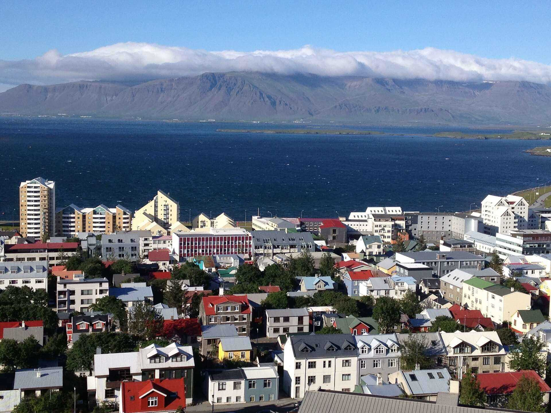 Direktflüge und Billigflüge nach Island