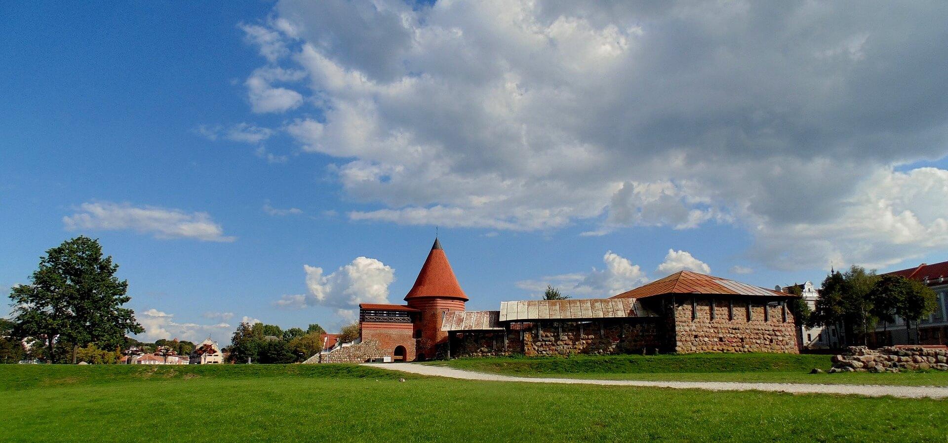 Direktflüge und Billigflüge ab Memmingen nach Kaunas
