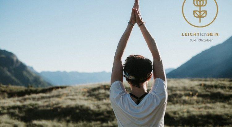 Yoga mit LEICHTichSRIN