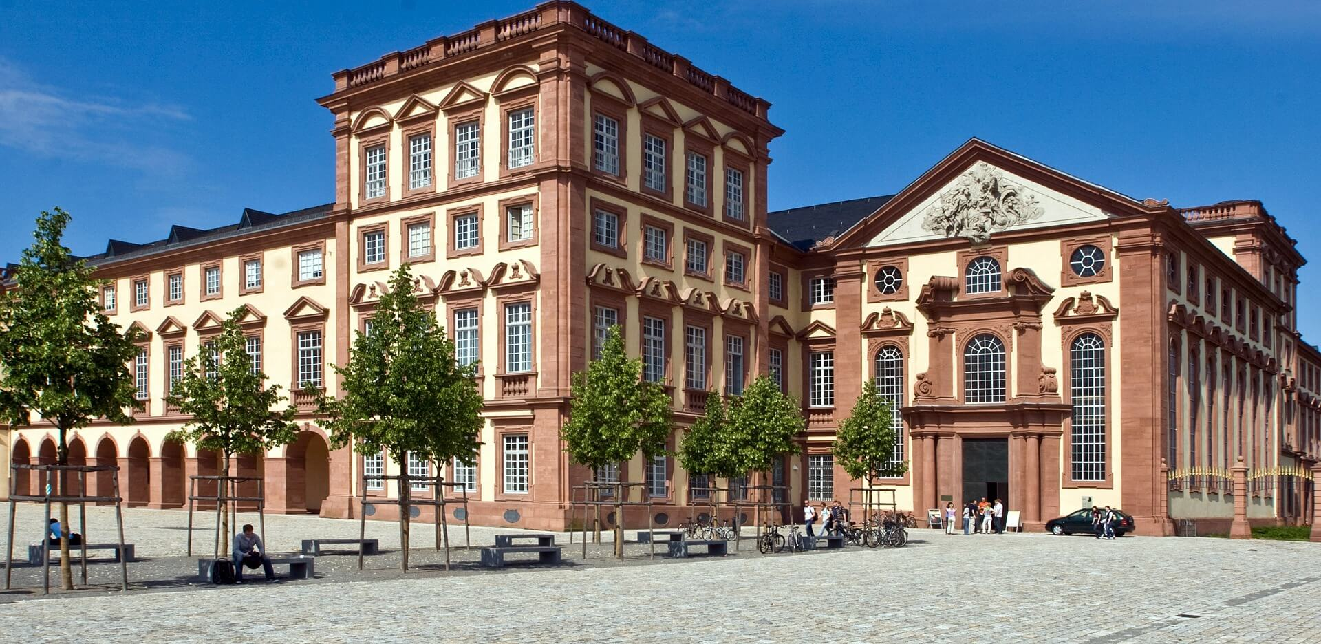 Direktflüge und Billigflüge ab Berlin-Tegel nach Mannheim