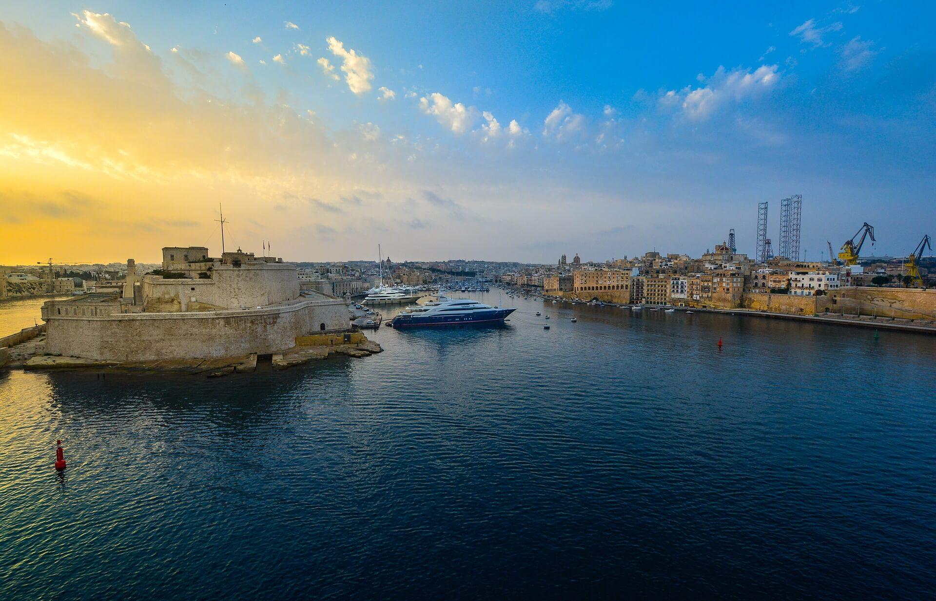 Direktflüge und Billigflüge nach Malta