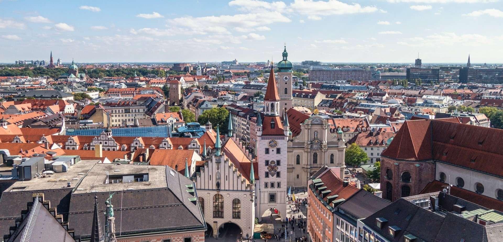 Direktflüge und Billigflüge ab Hamburg nach München