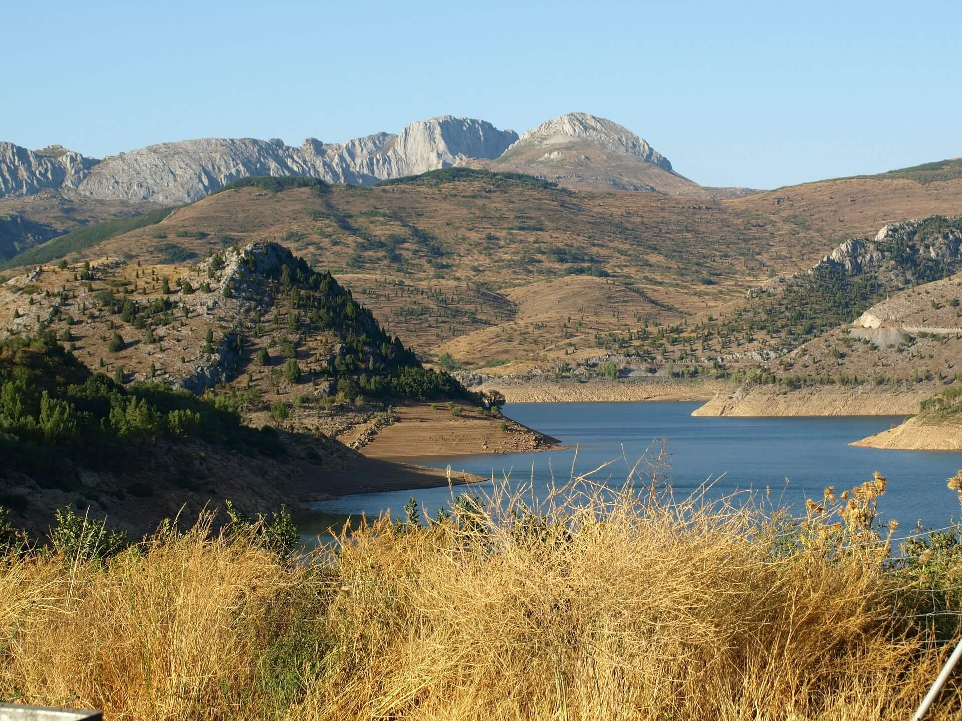 Direktflüge und Billigflüge nach Asturien (Asturias)