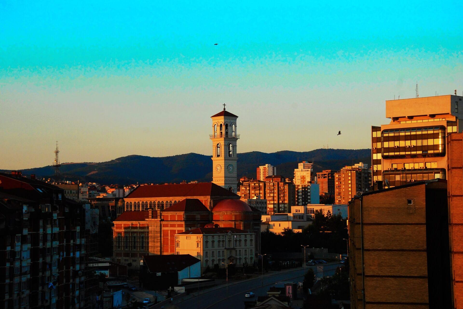 Direktflüge und Billigflüge ab Hannover nach Priština