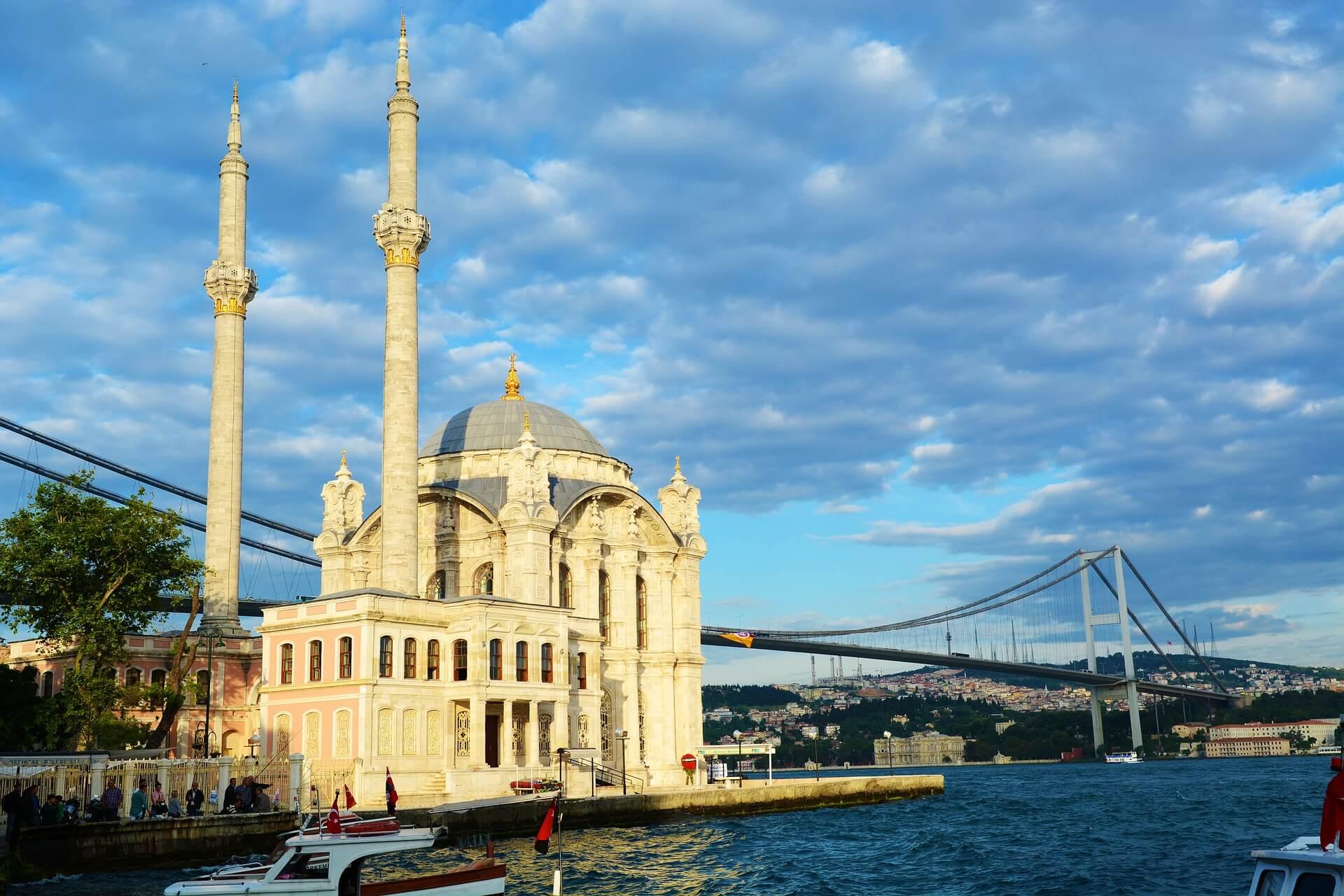 Direktflüge und Billigflüge ab München nach Istanbul Sabiha