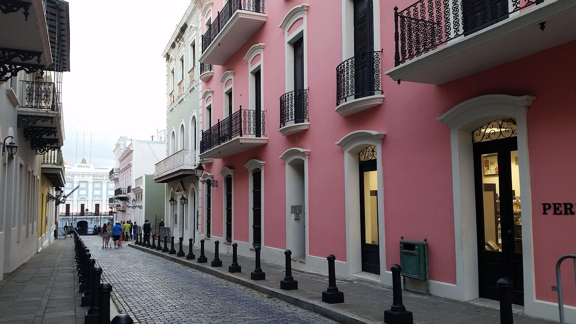 Direktflüge und Billigflüge nach Puerto Rico