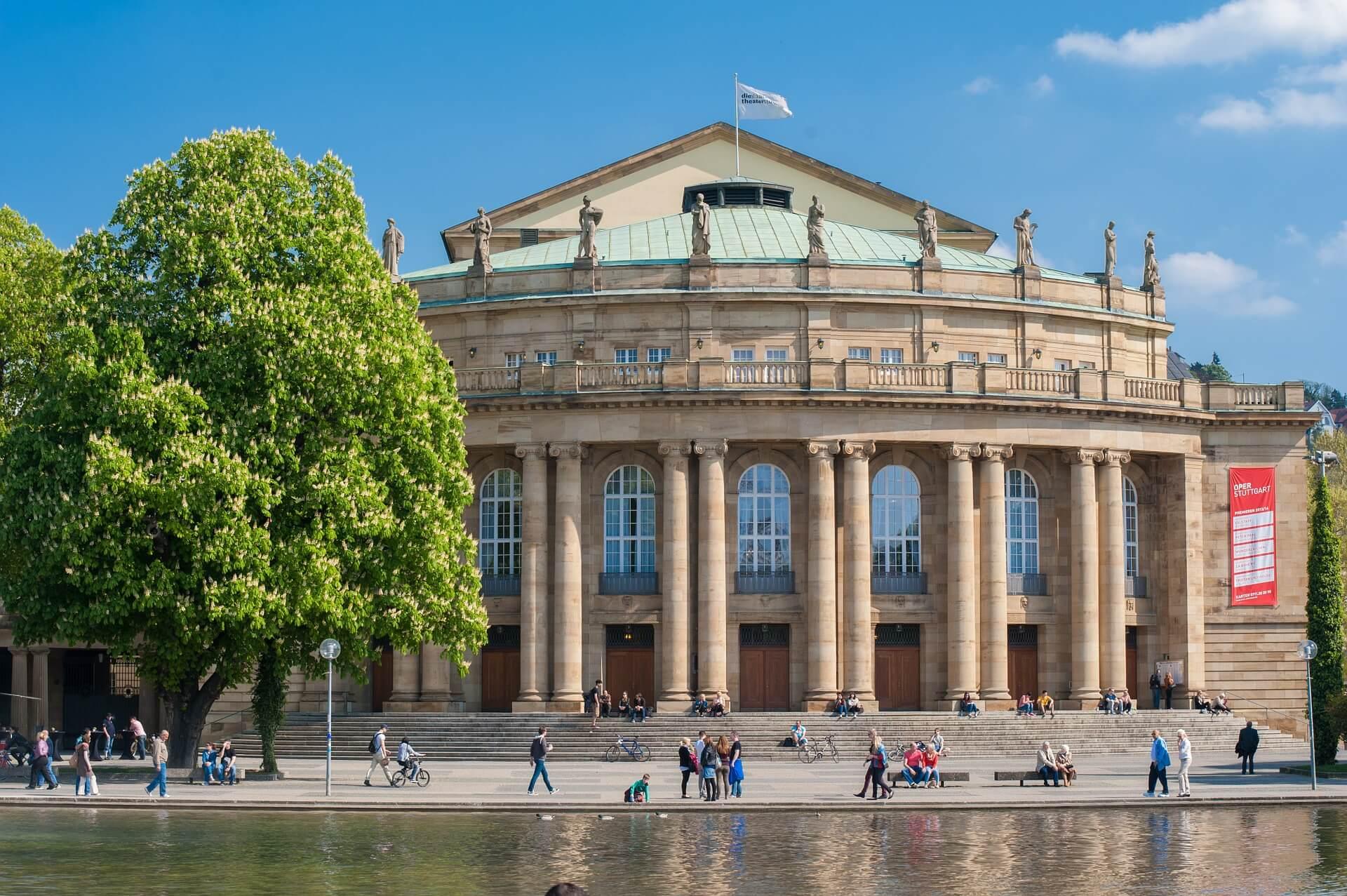 Direktflüge und Billigflüge ab Leipzig/Halle nach Stuttgart