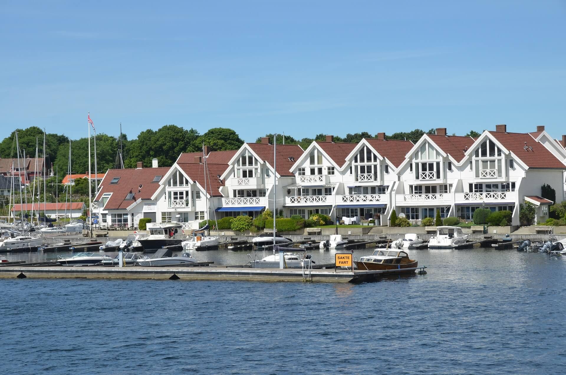 Direktflüge und Billigflüge ab Amsterdam nach Stavanger