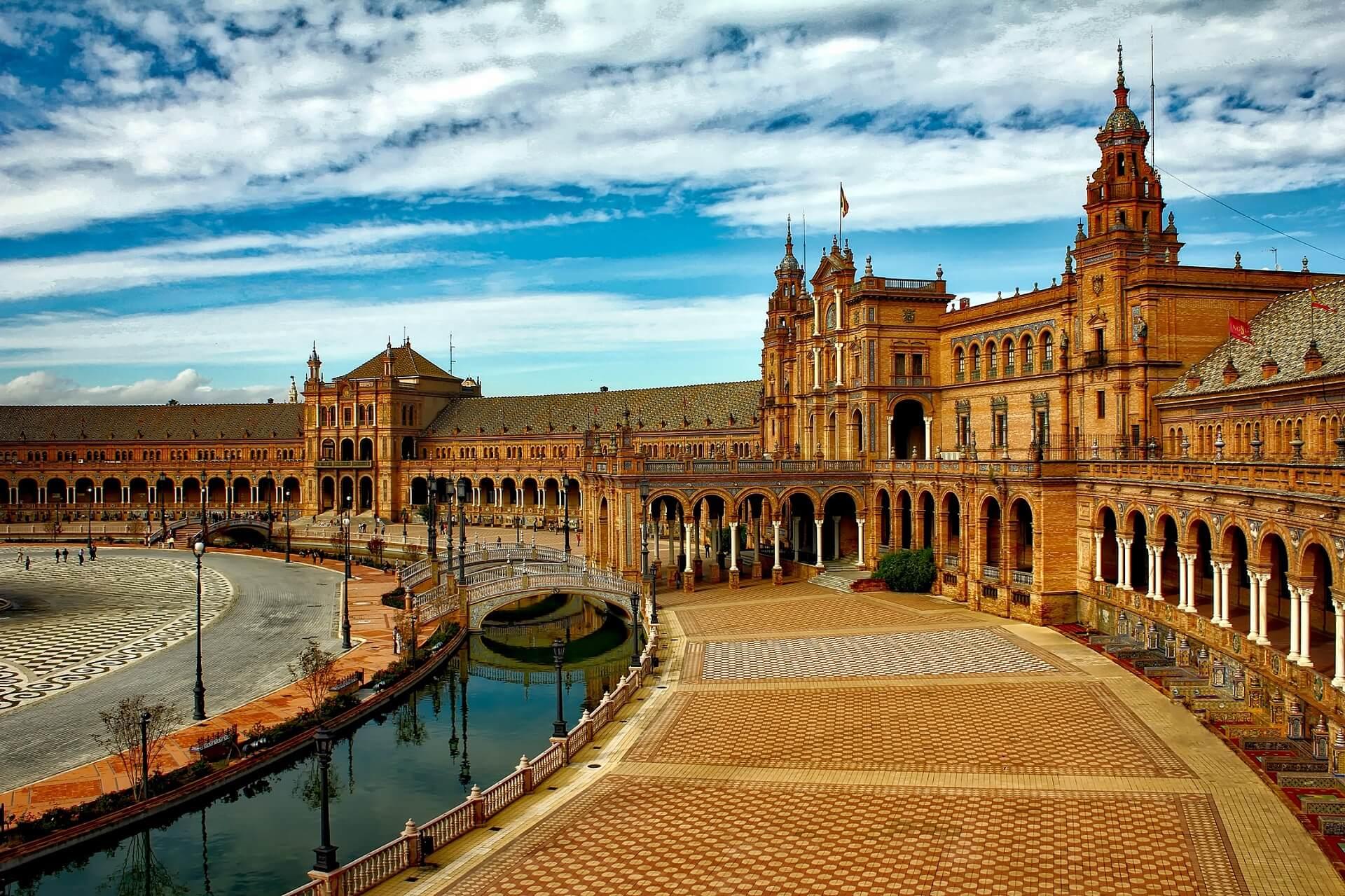Direktflüge und Billigflüge ab Düsseldorf nach Sevilla