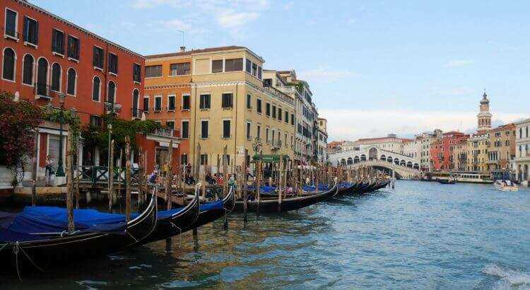 Direktfluege nach Venedig