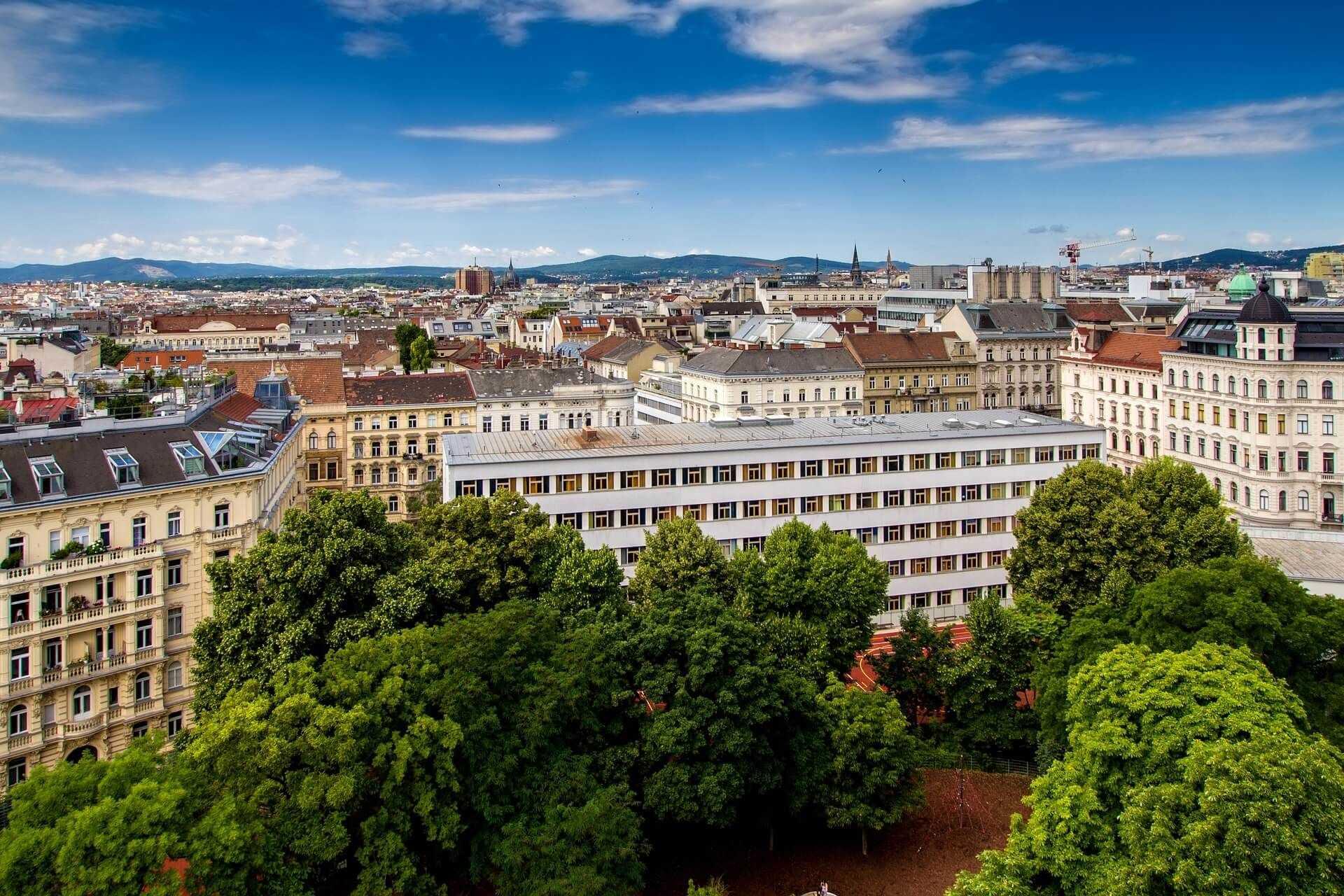 Direktflüge und Billigflüge ab Amsterdam nach Wien