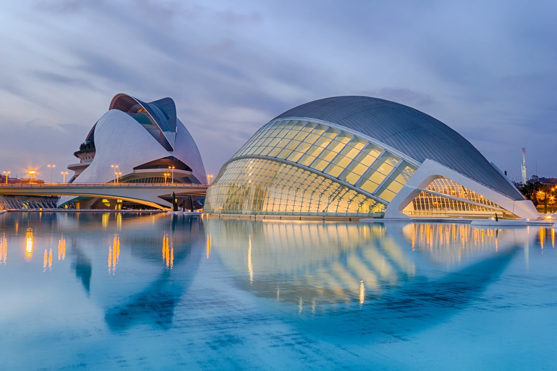 Direktflüge und Billigflüge ab Weeze nach Valencia