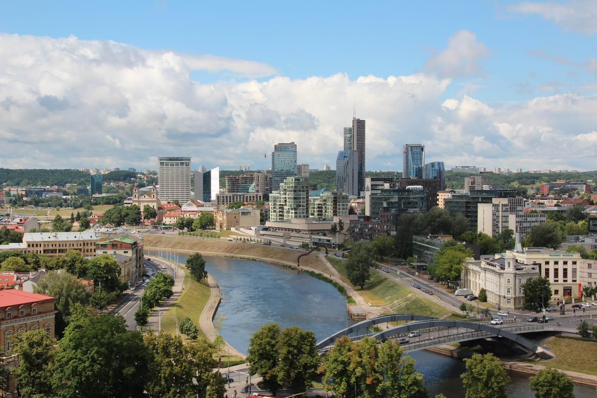 Direktflüge und Billigflüge ab Dortmund nach Vilnius