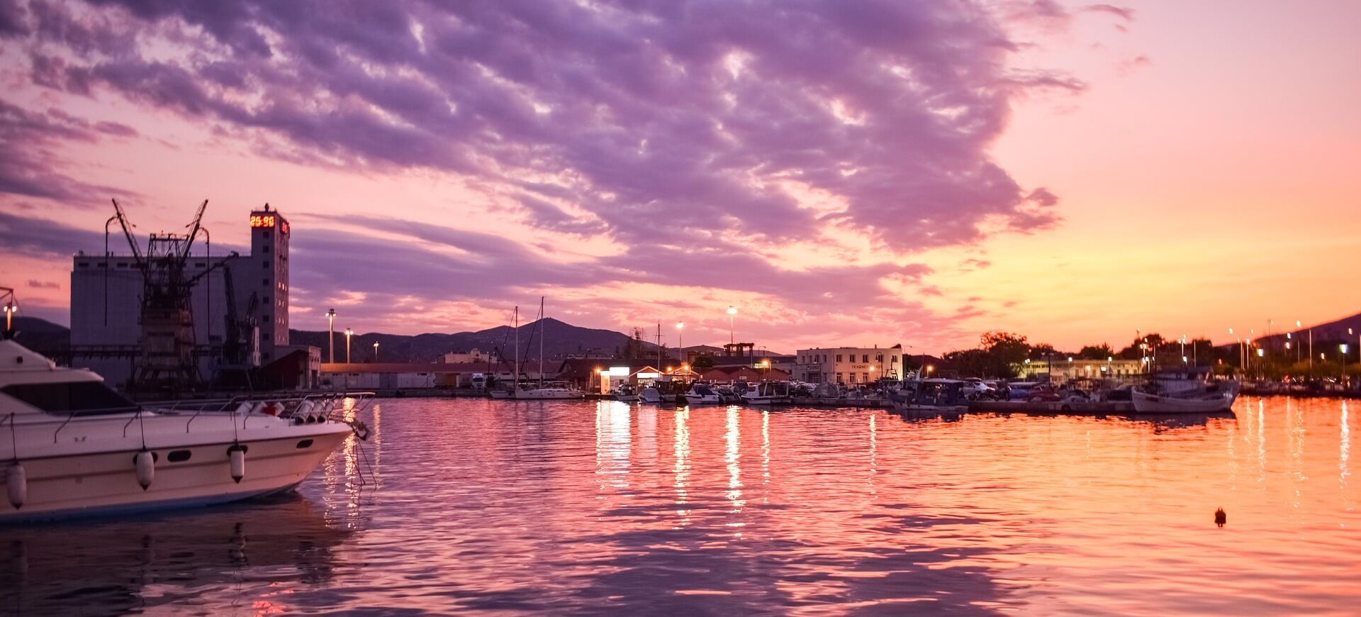 Direktflüge und Billigflüge nach Volos