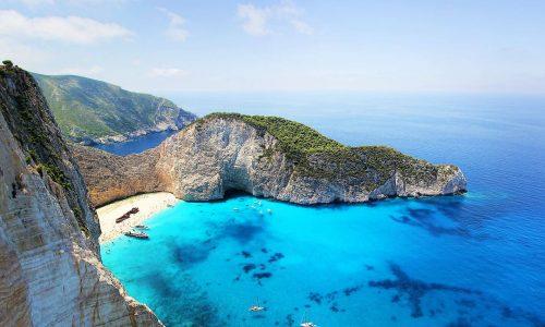 Direktflug Inselhopping in Griechenland - Die schönsten Urlaubsorte Jetzt lesen >>